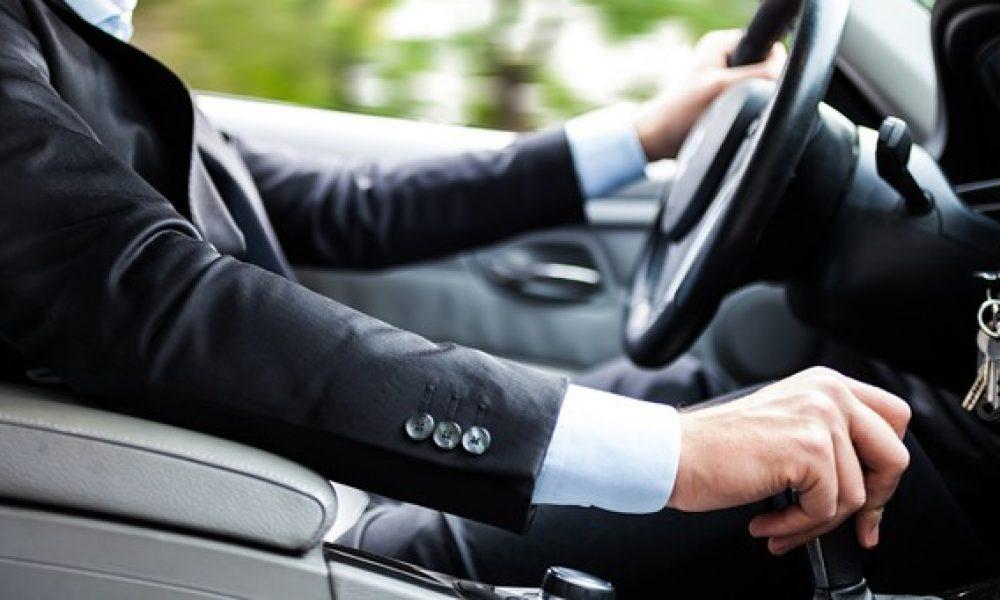Gagnez un temps précieux avec un chauffeur privé VTC