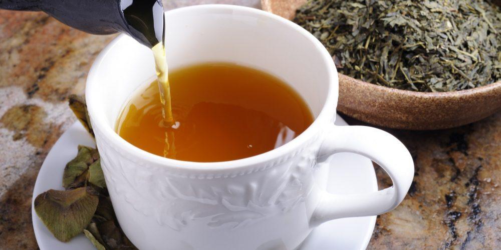 Le thé vert pourrait-il guérir le cancer?