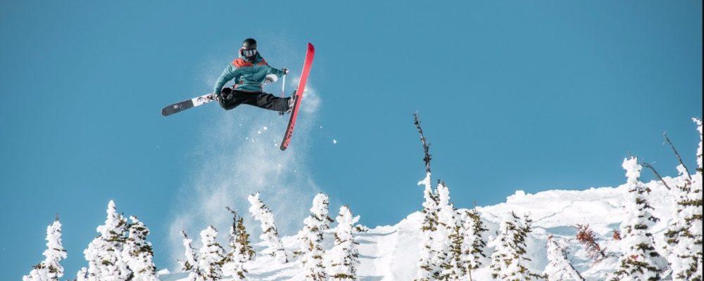 Choisir le bon ski pour votre séjour a la montagne